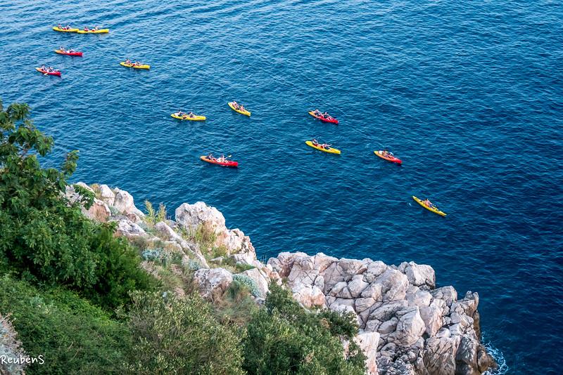 Kayakers Dubrovnik.jpg