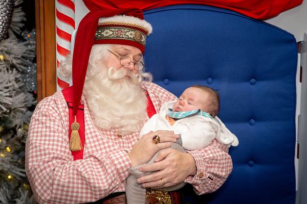 2018 2-5 pm Santa at the Grove Arcade
