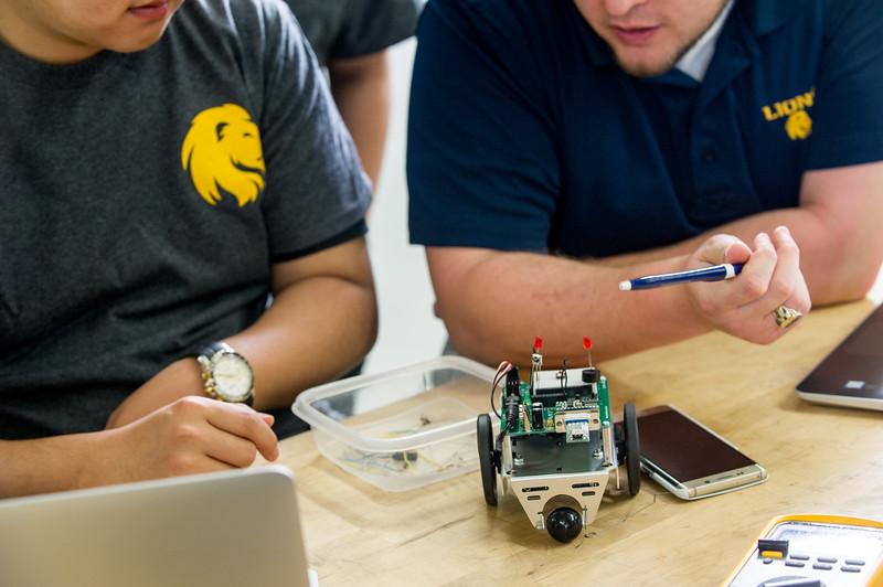 17339-Electrical Engineering-8376.jpg