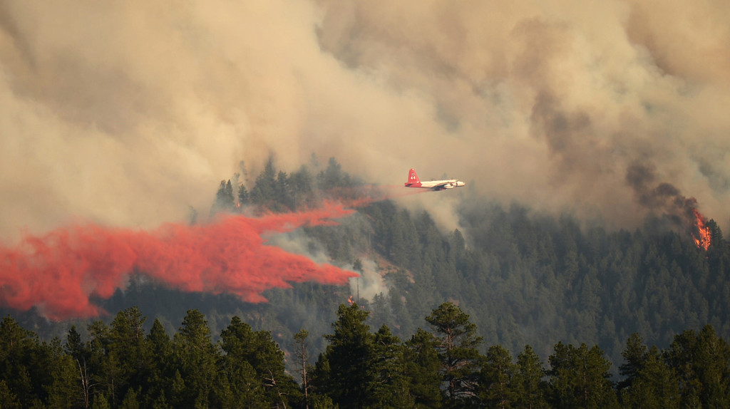 . CONIFER, CO. - June 19: A slurry bomber fights Lime Gulch Fire in Jefferson County. Conifer, Colorado. June 19, 2013. (Photo By Hyoung Chang/The Denver Post)