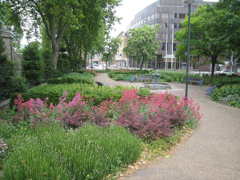 St. Mary's Gardens, Lambeth Palace
