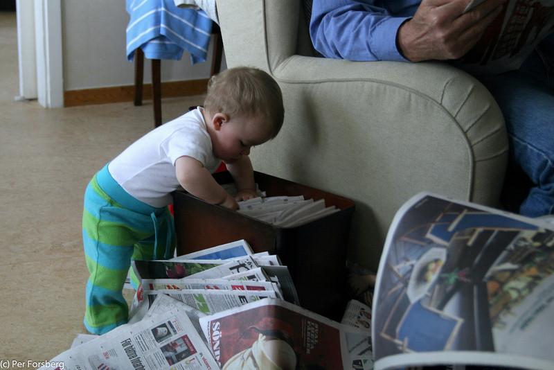 Tidningar i en låda, det måste jag titta närmare på...