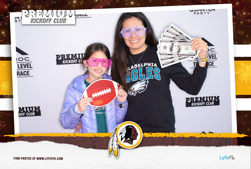 washington-redskins-philadelphia-eagles-premium-kickoff-fedex-photobooth-20181230-012943.jpg