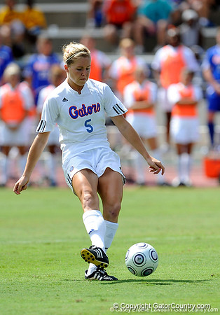Photo Gallery: UF soccer vs Vanderbilt, 9/27/09