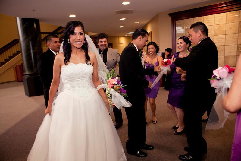 2011-11-11-Servante-Wedding-166.JPG