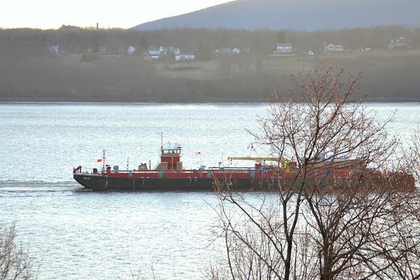 Kristy Ann Reinauer /RTC 27 Newburgh Landing NY On the hip stern first