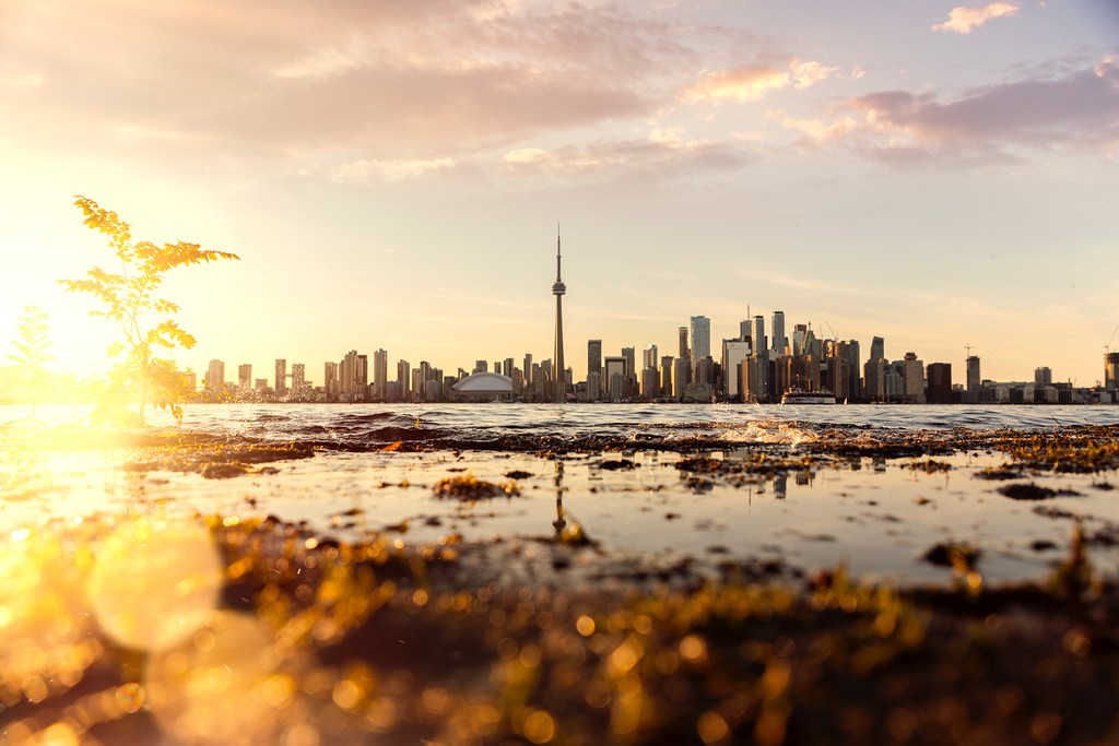 Best places to hike in Toronto - Toronto Island