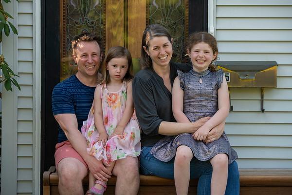 Hoppa Family
