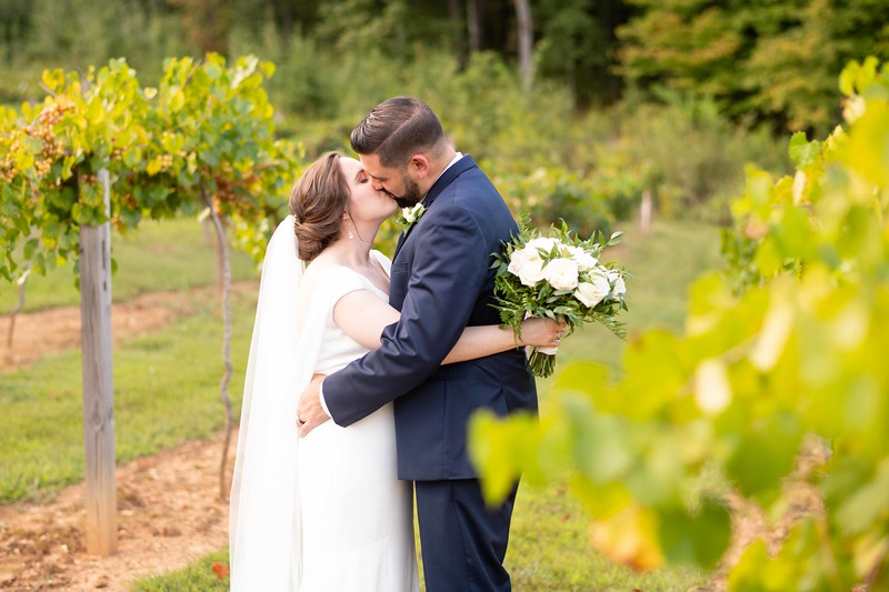 vineyard-wedding-tn.jpg