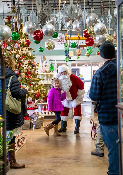 2019 Santa Visits Brenda's Blumenladen