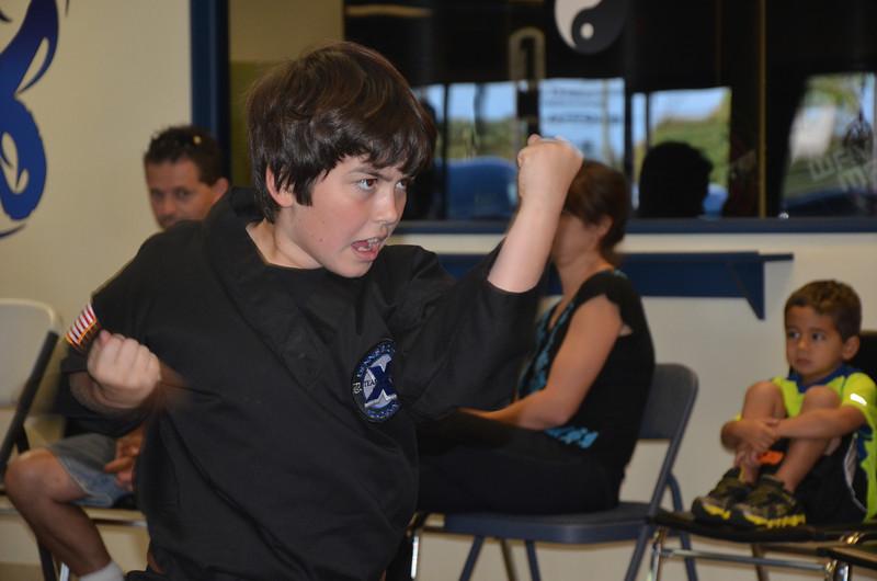 2012 12 15 Red Belt MMA 057.JPG