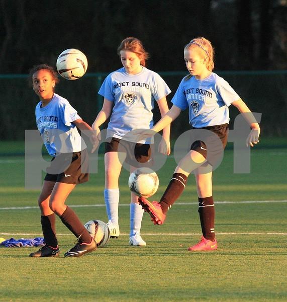 Soccer 2774c.jpg