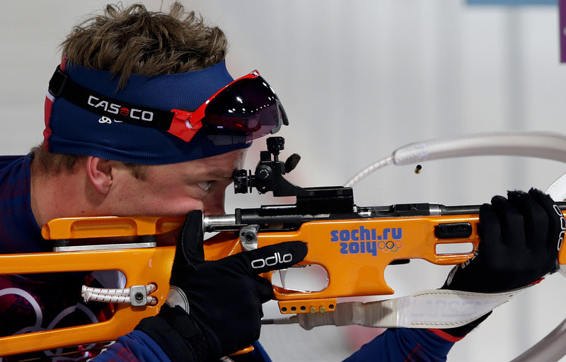 . Norway\'s Tarjei Boe shoots during the men\'s biathlon 10k sprint, at the 2014 Winter Olympics, Saturday, Feb. 8, 2014, in Krasnaya Polyana, Russia. (AP Photo/Lee Jin-man)