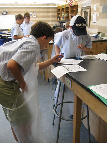 \\hcadmin\d$\Faculty\Home\slyons\HC Photo Folders\7th Gr_Exhaling Carbon Dioxide Lab_2011\IMG_1091.JPG