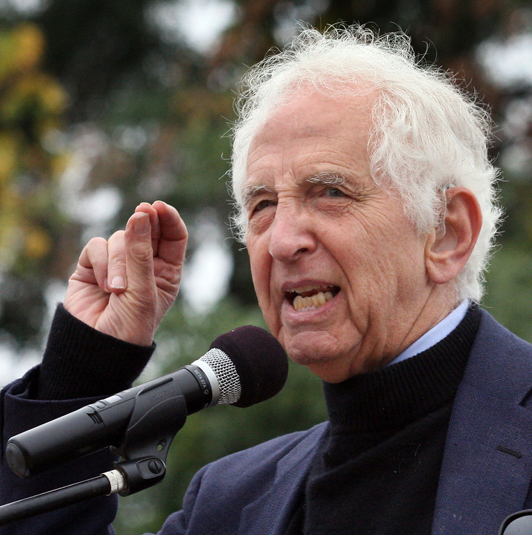 . Daniel Ellsberg speaks at a rally prior to a protest in Livermore, Calif., on Tuesday, Aug. 6, 2013. He was later arreasted by an officer from Lawrence Livermore Laboratory\'s protective forcesat a protest of nuclear weapons at the lab on the 68th anniversary of the atomic bombings of Hiroshima and Nagasaki during WWII.  (Jim Stevens/Bay Area News Group)