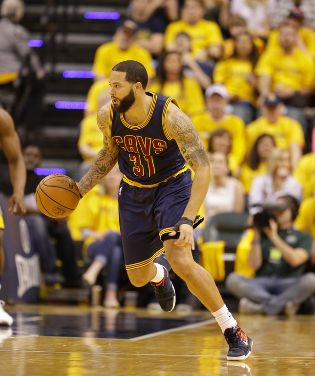 . Cleveland Cavaliers\' Deron Williams in action during the first half in Game 3 of a first-round NBA basketball playoff series against the Indiana Pacers,Thursday, April 20, 2017, in Indianapolis. (AP Photo/Michael Conroy)