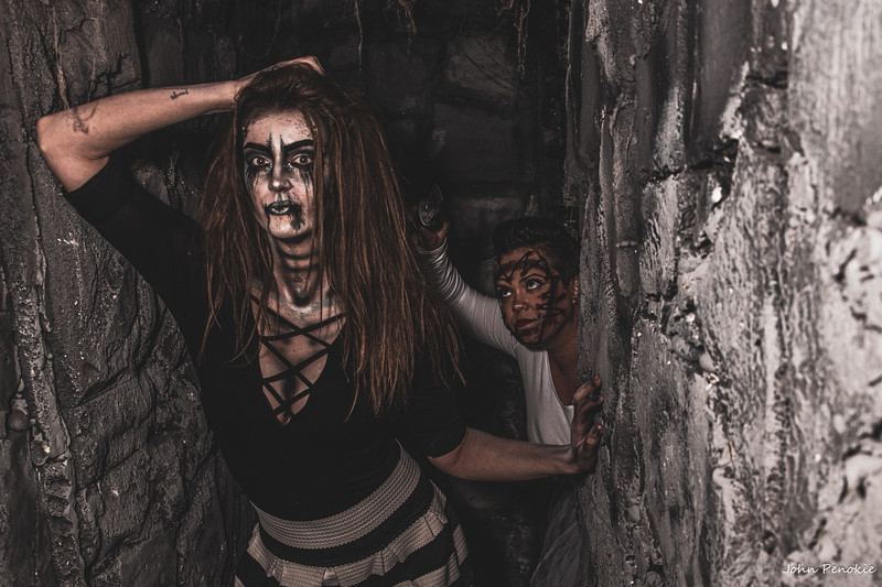 Event: Monsters Model Motars (MMM) 2019  Model: Molly Hale Hair: Self MUA: Self SFX MUA: Bridget Marie  Model: Nikki Castle / Tietz FX: Clerra Oshefsky FX: Alicia O'Donnell MUA: Self Hair: Self  Photographer: John Penokie / EyeOnYouPhotos.com