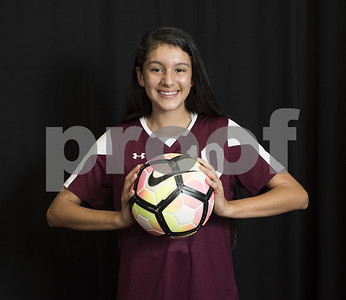 alleast-texas-girls-soccer-player-of-the-year-navarro-from-robert-e-lee-accomplishes-her-goal