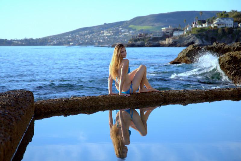 Beautiful Blonde Bikini Swimsuit Model