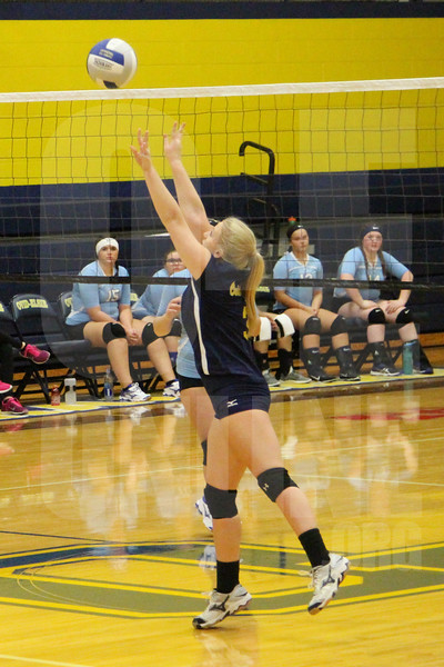 Freshman Volleyball vs Garber 8-28-17