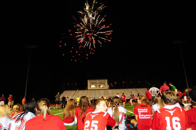 Lutheran-West-Fireworks-after-football-game-Unleash-the-Spirit-bash-2012-08-31-004.JPG