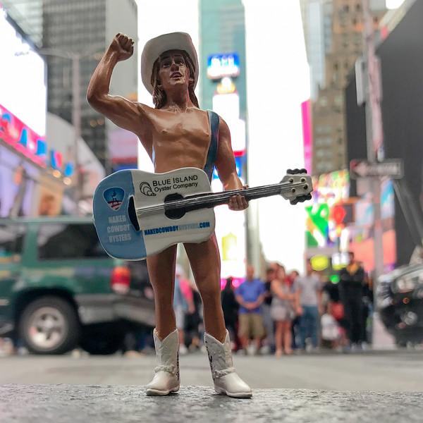 Naked_Cowboy.JPG