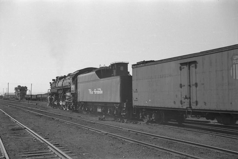 D&RGW_4-8-4_1710-with-train_Salt-Lake-City_Oct-5-1947_003_Emil-Albrecht-photo-230-rescan.jpg