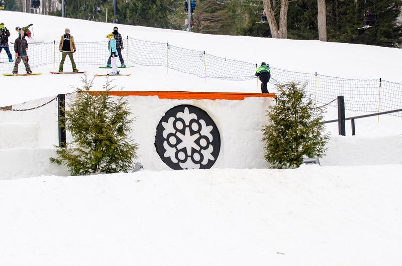 Snow-Trails_Mid-Season-2015-SpFeat-60.jpg