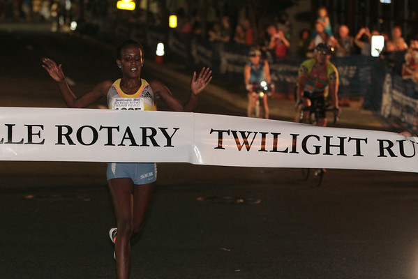 Darcars Rockville Rotary Twilight Runfest 2014 - Photos by Jim Rich