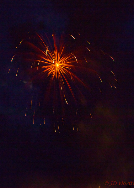 070417 Luray VA Downtown Fireworks - Orange Yellow Small Starburst with Faint Red Gold Red Streamers-0895.jpg