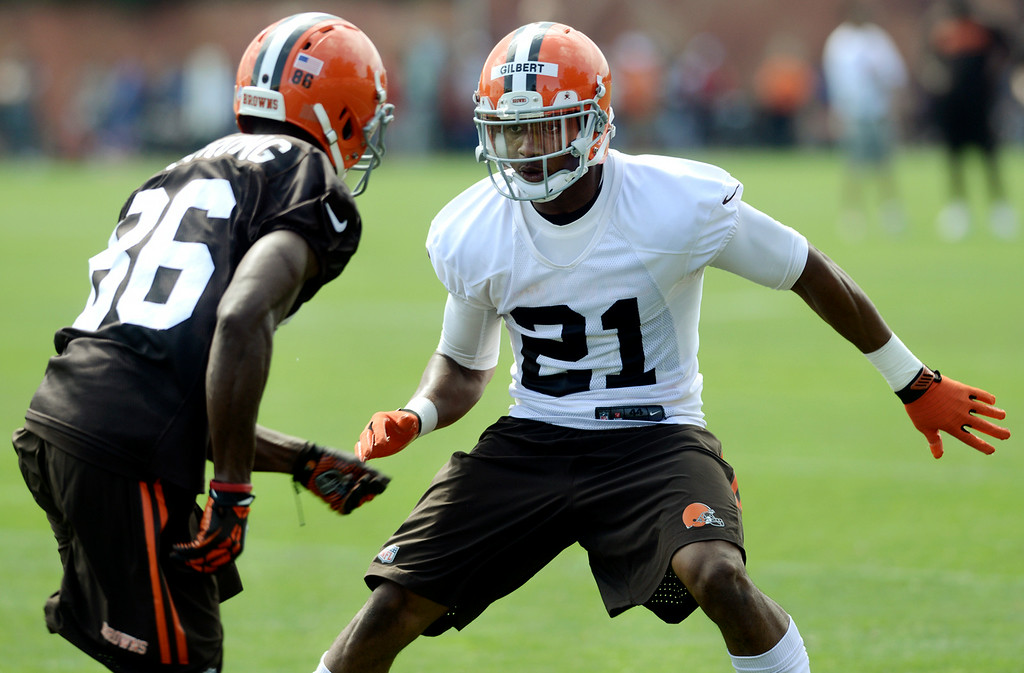 . Duncan Scott/DScott@News-Herald.com Justin Gilbert, right, covers Anthony Armstrong as the Cleveland Browns opened training camp on July 26 with their first practice at Browns headquarters in Berea.