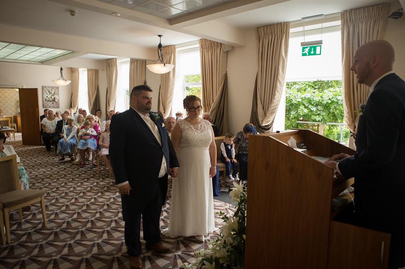 Mr and Mrs Lee-77.jpg