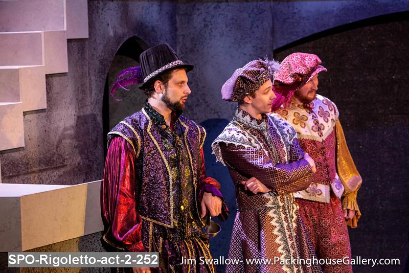 SPO-Rigoletto-act-2-252.jpg