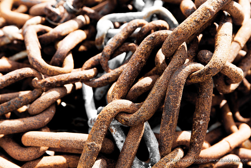 Woodget-140611-728--chain, chainlink, iron and steel - 04012003, link.jpg