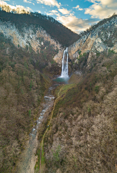 Bliha Waterfall (15).jpg