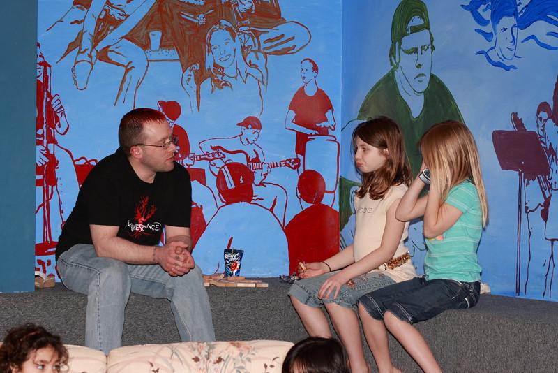 KidsClub1037.JPG