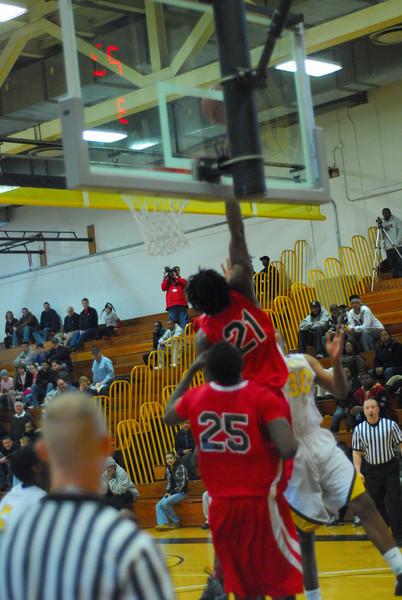 20090301_MCC Basketball_5562.JPG