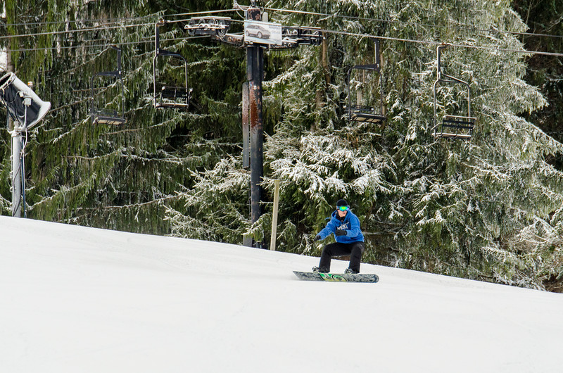 Opening-Day-Slopes-2014_Snow-Trails-70919.jpg