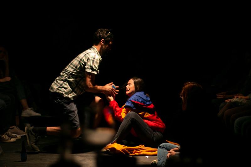 Allan Bravos - Fotografia de Teatro - Indac - Migraaaantes-228.jpg