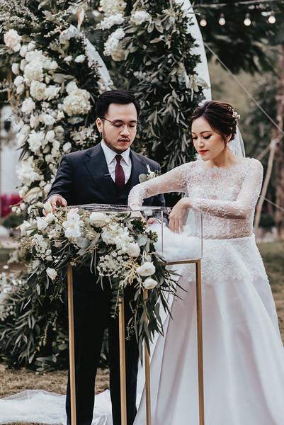 JWMarriott Ha Noi Intimate Wedding of Trang Hi well captured by Hipster Wedding Vietnam Wedding Photographer-4168.jpg