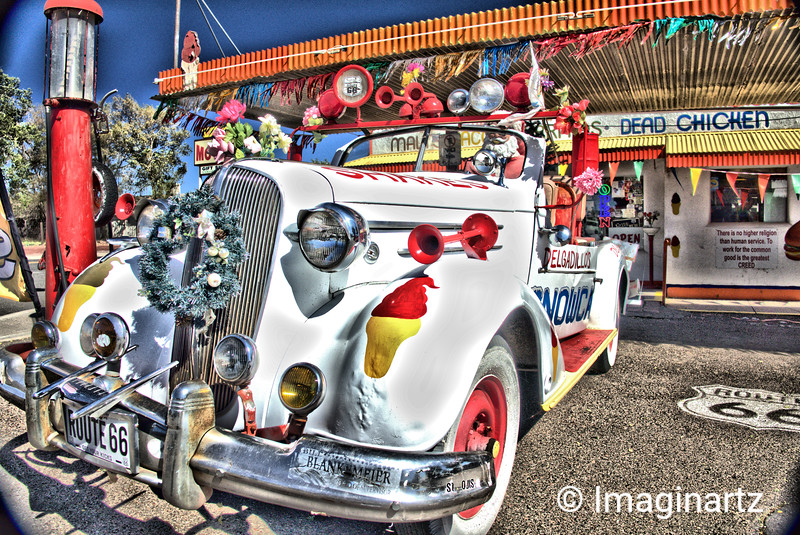 Is that Santa on Route 66?