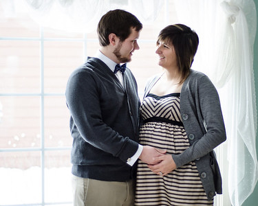 Maternity Photos- by Colleen Liggett