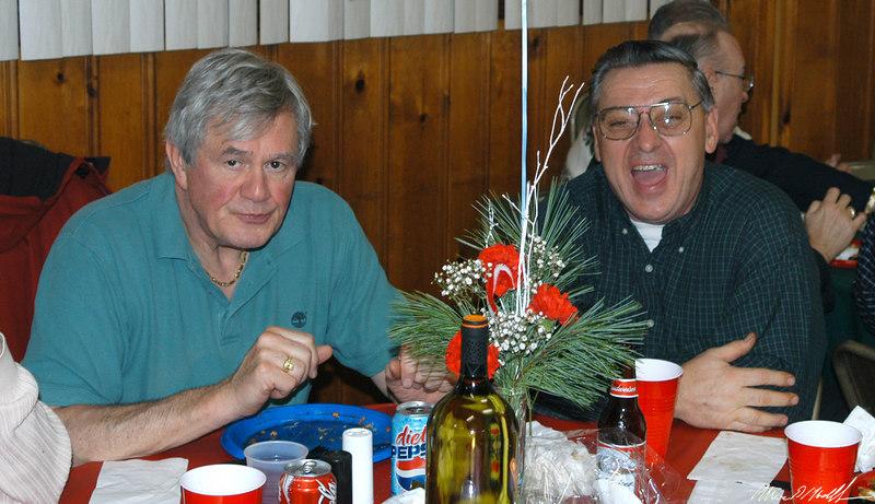 2004-12-10 xmas party-DSC_0090.jpg
