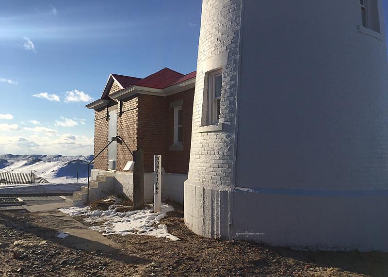 Crisp Lighthouse 2017