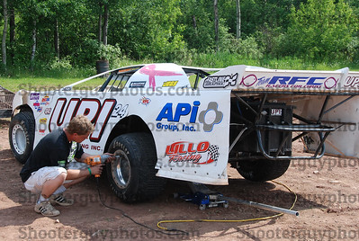 In The pits (June-10-2012)
