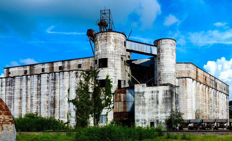 Dayton grain mill-2462.jpg