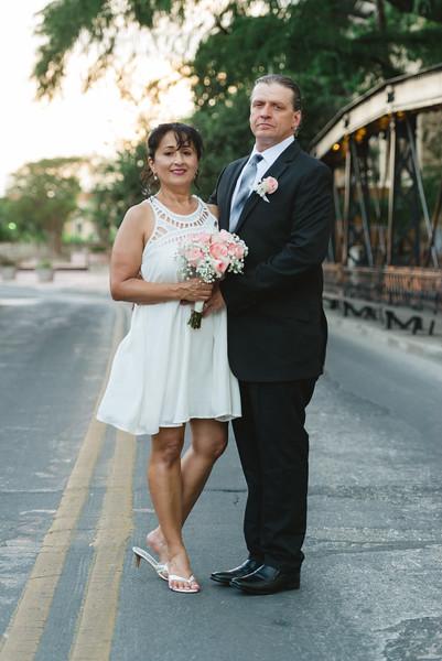 Sandra & Len Llyod