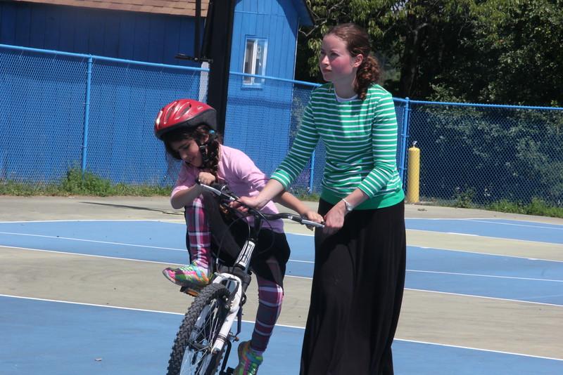kars4kids_thezone_camp_girlsDivsion_activities_biking (2).JPG