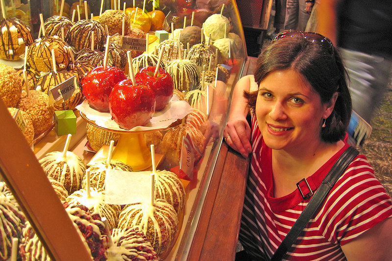 These candy apples at the Venetian were very large!