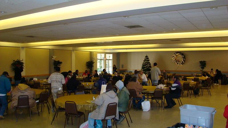 2007-12-01-Homeless-Lunch_005.jpg